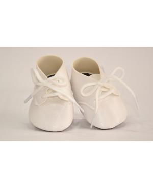 Botas blancas con cordones para muñeca