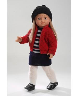 Muñeca María, falda azul marino, jersey, chaqueta roja y gorro. Pelo rubio largo. 50 cms